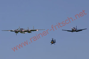 Flying Bulls Dreier Formation